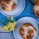 Brioche, herlich fluffiges Hefeteigteilchen nach französichem Rezept / Brioche, super fluffy yeast dough pastry, French recipe [wienerbroed.com]