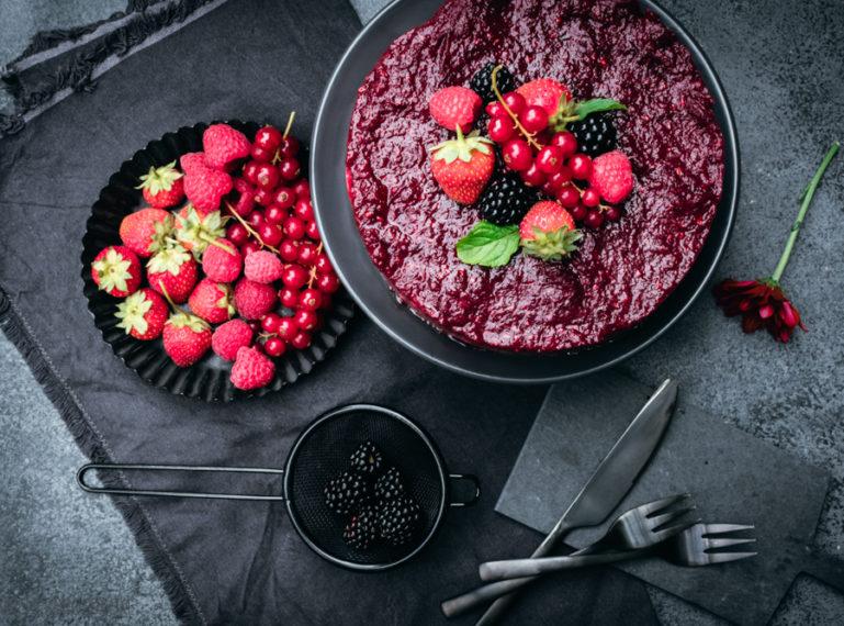 Rezept für Beeren-Joghurt-Torte   Berry Overload
