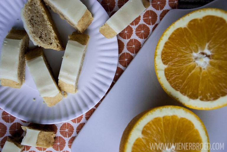 Apelsinsnittar - schwedische Apfelsinenschnitten / Swedish orange bars [wienerbroed.com] leckere Orangen-Mandel-Füllung in knusprigem Keksteig / tasty orange almond filling in a crusty cookie bar