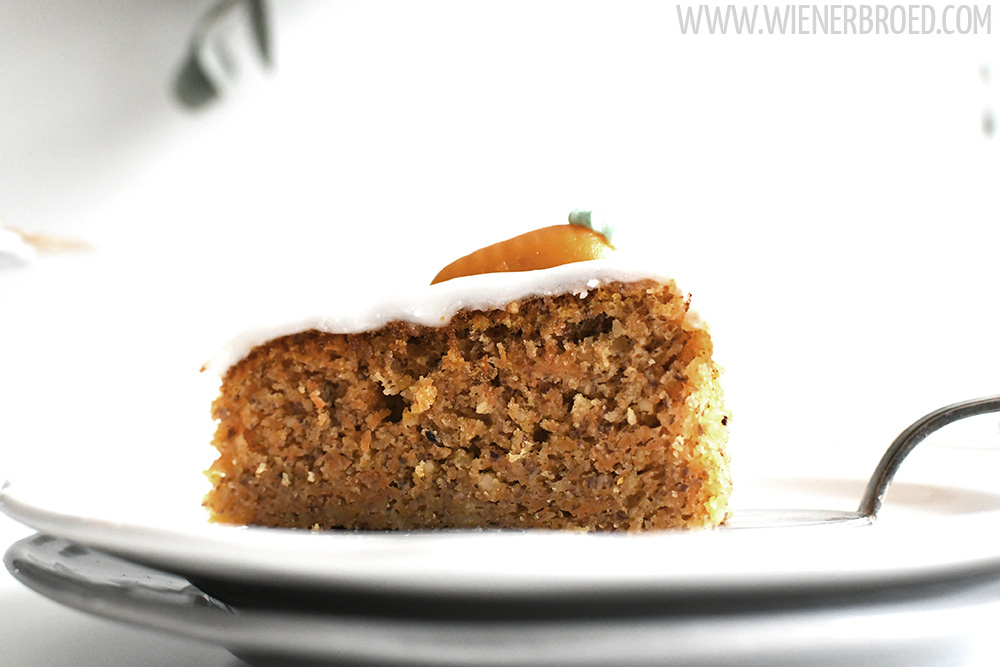 Rüblikuchen, ein saftiger Klassiker aus der Schweiz nicht nur zur Osterzeit / Carrot cake [wienerbroed.com]