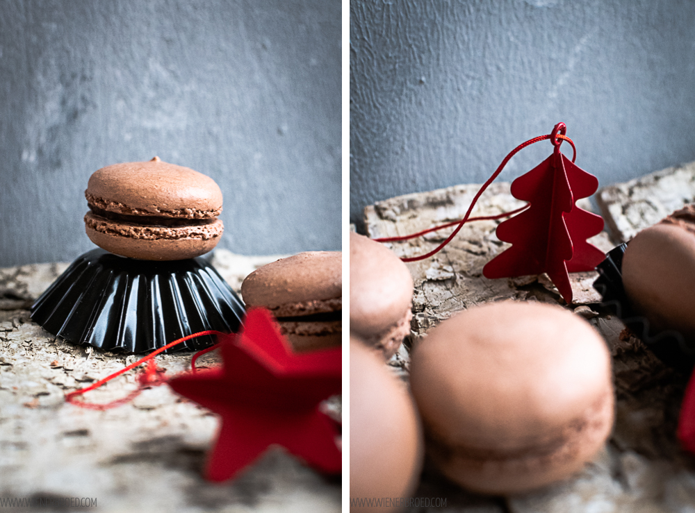 Lebkuchen-Macarons, zartes Baiser-Gebäck mit weihnachtlicher Schokoladen-Füllung / Gingerbread Macarons, crispy meringue with christmassy chocolate filling [wienerbroed.com]