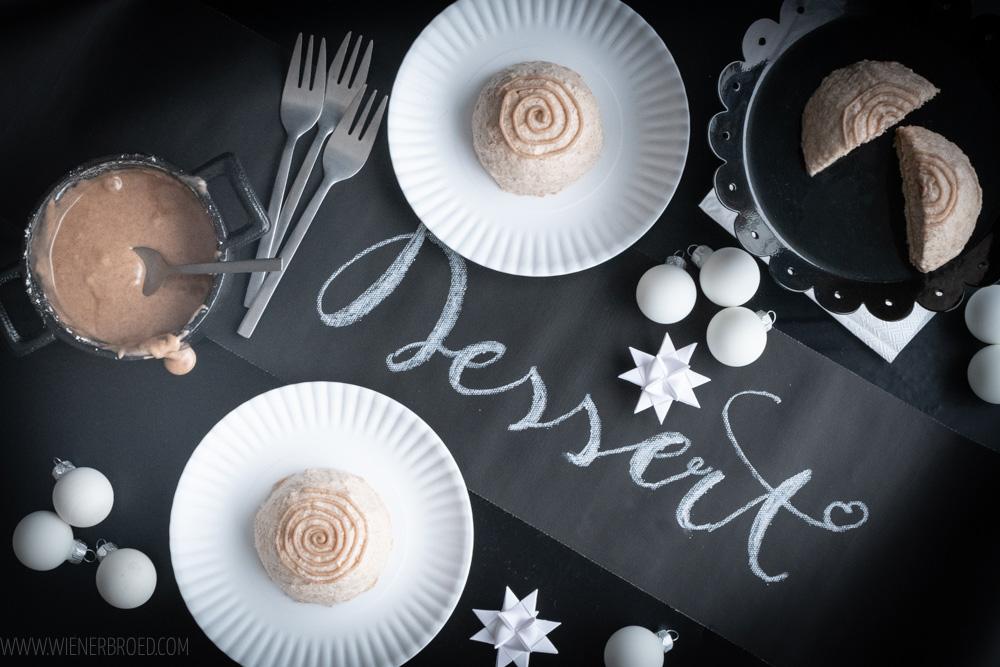 Zimtschnecken-Mousse-Törtchen, luftig feines Dessert z.B. für das Weihnachtsmenü / Cinnabon bin Mousse cake, delicuous dessert [wienerbroede.com]