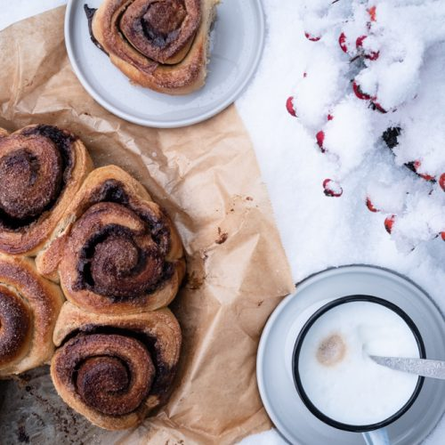 Bostonkakku, finnischer Zimtschnecken.L?Kuchen, herrlich saftig und fluffig / Bostonkakku, Finnish Cinnamon bun cake, fluffy and moist [wienerbroed.com]