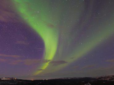 1.000 km nördlich des Startpunktes unserer Reise mit der AIDAcara (unbeauftragte Werbung) in den hohen Norden haben wir sie endlich richtig gesehen: Nordlichter. Wie lange habe ich mir gewünscht, diese magischen Lichter zu sehen. Das war dann auch das eigentliche das Ziel unserer Reise, die Nordlichter zu sehen.Im vierten Hafen unserer Reise, hoch oben im […]