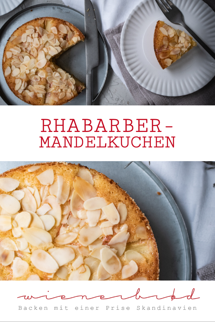 Rhabarber-Mandelkuchen, schnelles Rezept für herrlich saftigen schwedischen Mandelkaka mit Rhabarber / Rhubarb almond cake, quick recipe for juicy Swedish Mandelkaka with rhubarb [wienerbroed.com]