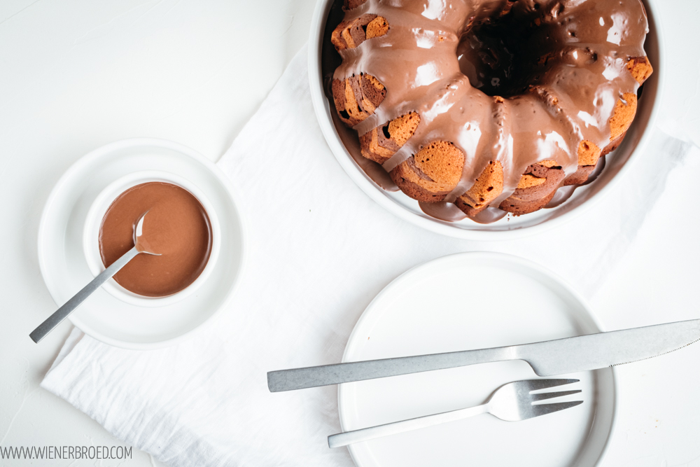 Marmorkuchen - Nicht nur ein Rezept für diesen einfachen Klassiker aus hellem und dunklem Teig sondern auch eine Erinnerung an den Welt Down Syndrom-Tag am 21. März 2020! [wienerbroed.com]
