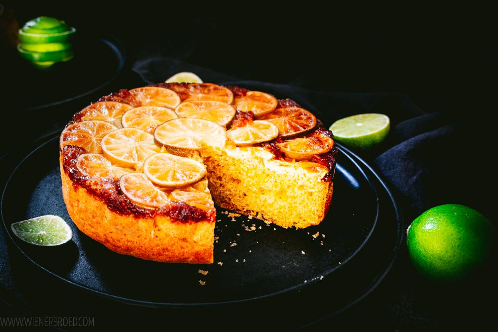 Rezept für Limetten-Upside Down-Kuchen Caipirinha-Style, Rührkuchen mit kandierten Limettenscheiben & Cachaça, verkehrtherum gebacken / Lime Upside Down Cake Cipirinha Style [wienerbroed.com|
